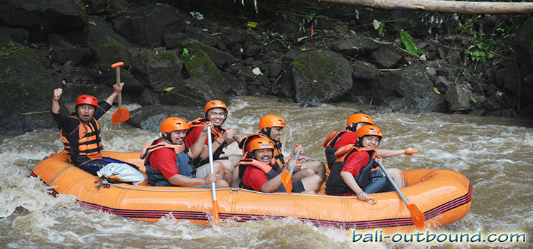 7 aktivitas outbound di ubud