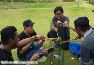 Team Building di Bebek Mebaris